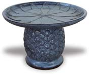 CH1542 Pineapple Bird Bath