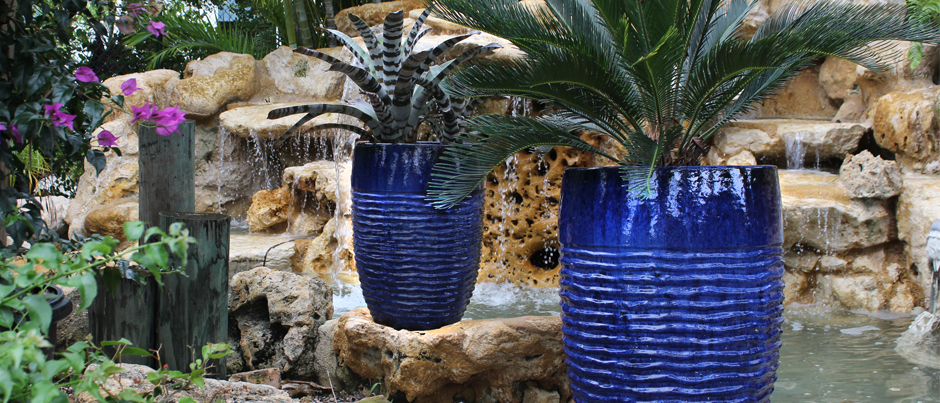 blue rippled planter